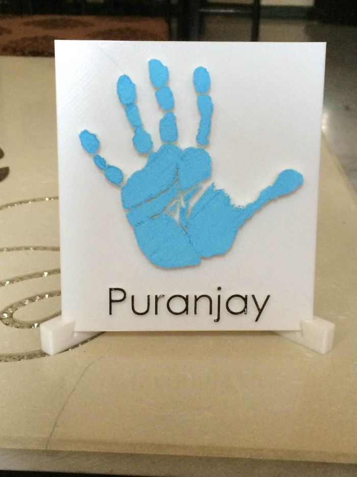 Instapro3d's 3d Printed Hand Memorablia Is The Perfect Gift For New Parents!