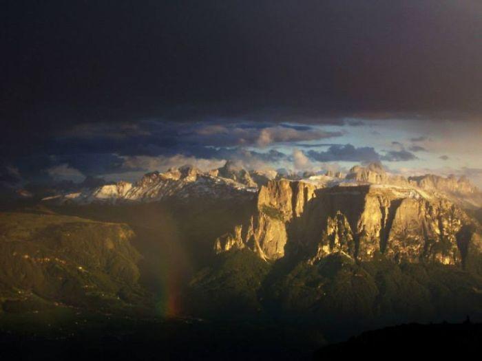 The Schlern (dolomites, South Tyrol) Http://www.boredpanda.com/the-dolomites/