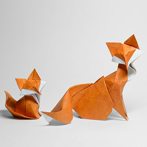 Difficult Wet Folding Technique Allows This Vietnamese Artist To Create Curved Origami