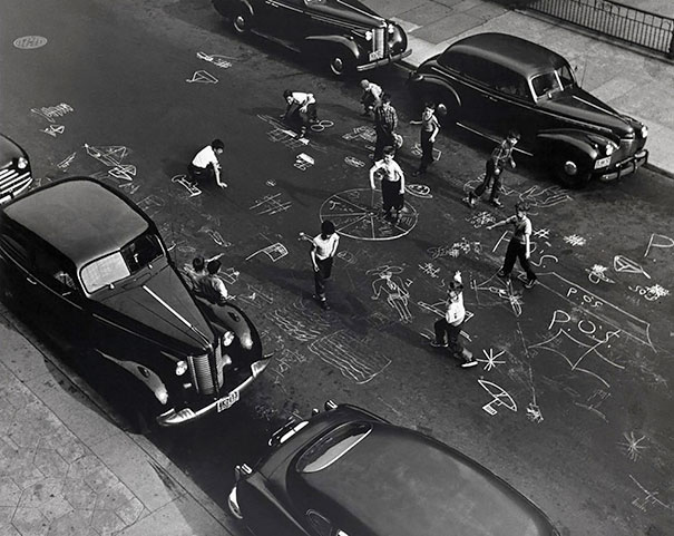 Chalk Games, Prospect Place, Brooklyn, 1950