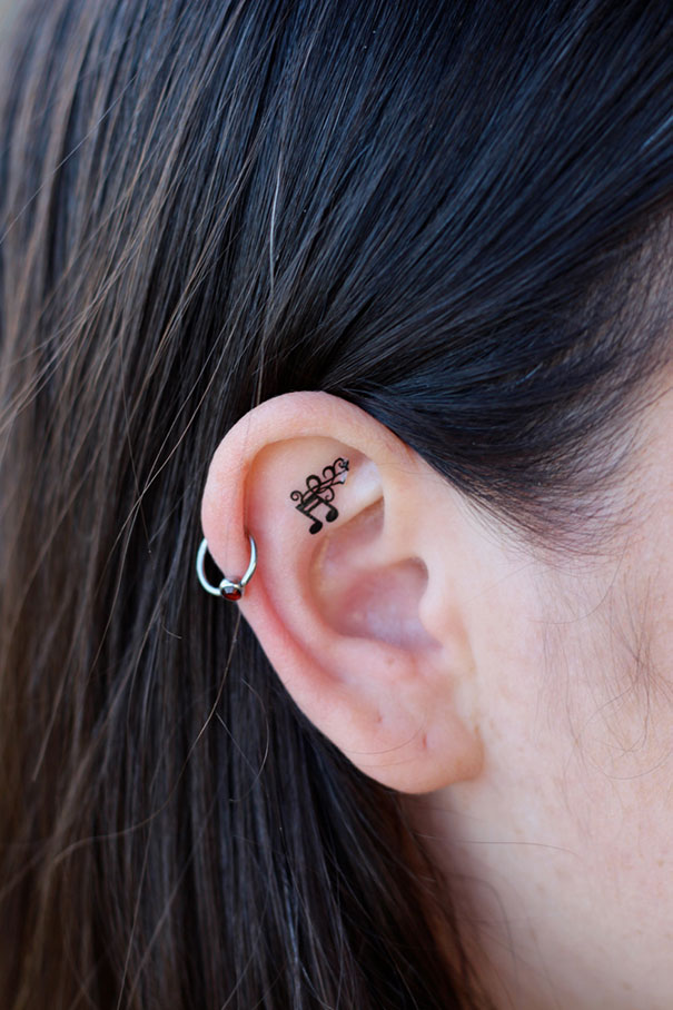 58 creative ear tattoos that would make mike tyson hungry bored panda