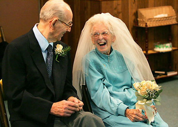 Alton Nichols, 91, And Betty Hall, 84, Marry After Finding Love At Senior Living Complex