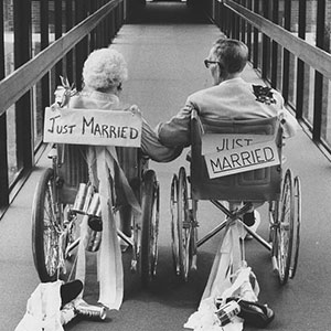 16+ Elderly Couple Wedding Photos Proving You're Never Too Late To Find The One