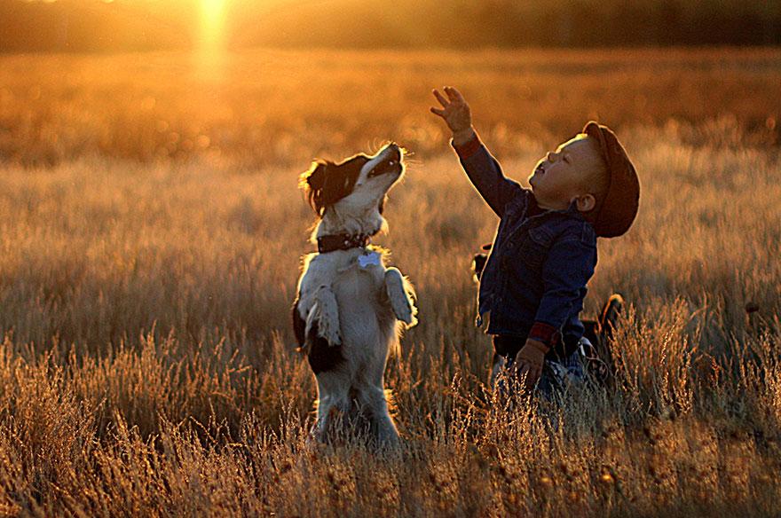 kids-animals-family-photography-mother-agnieszka-gulczyiska-10