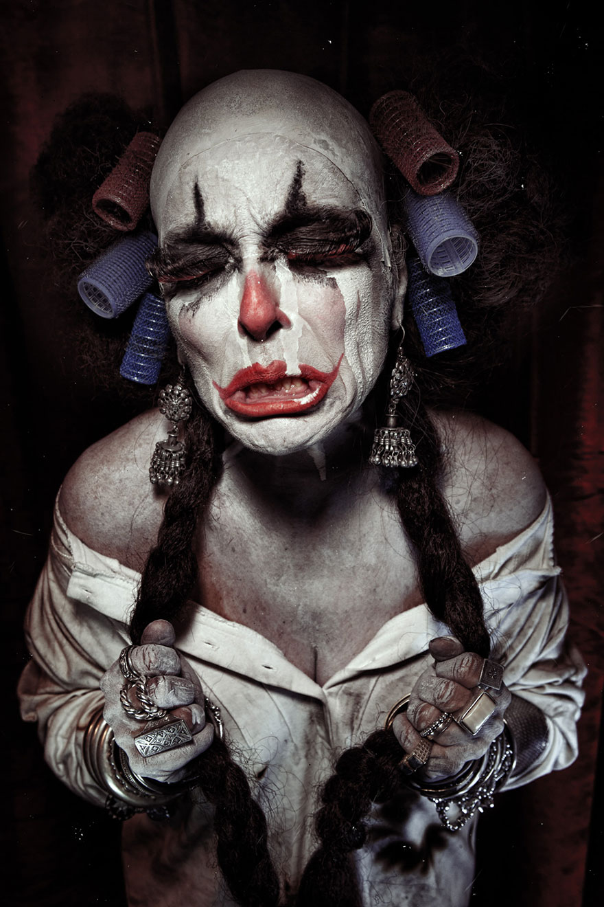 macabre-scary-clown-portraits-photography-clownville-eolo-perfido-99-12