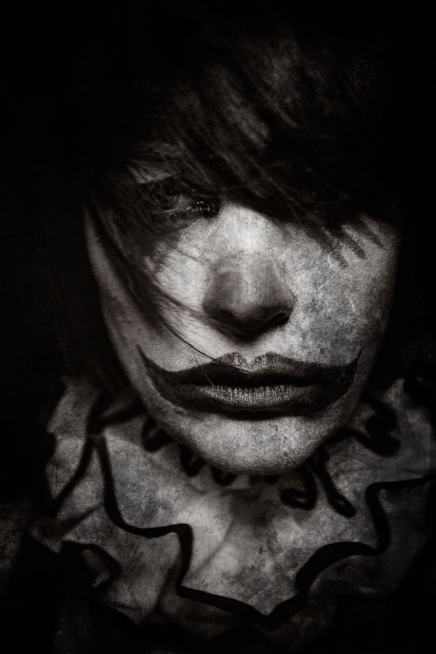 macabre-scary-clown-portraits-photography-clownville-eolo-perfido-99-19