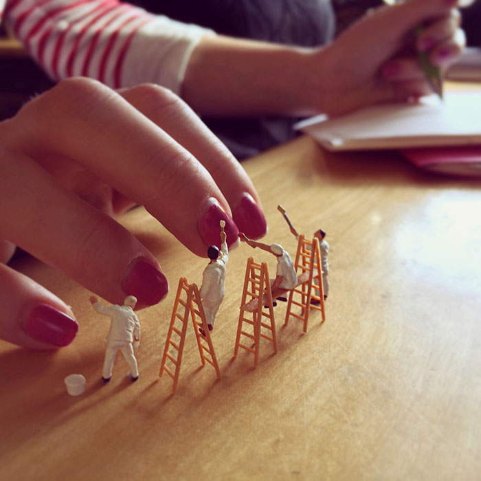 office-frustration-miniature-figures-photography-derrick-lin-1