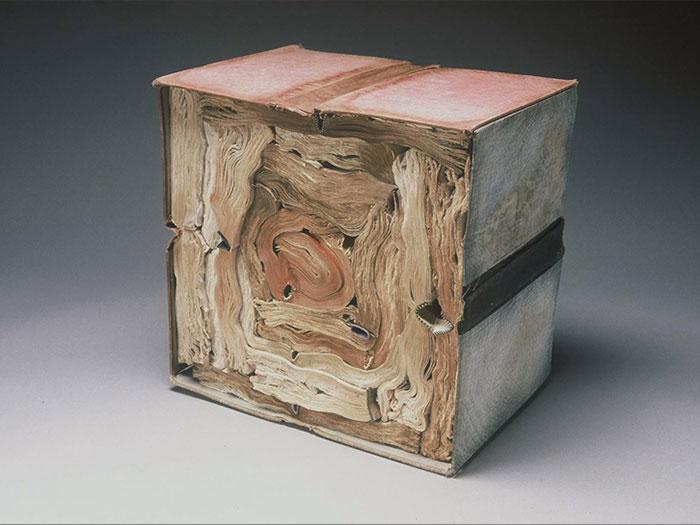 paper-sculptures-book-alchemy-jacqueline-rush-lee-4