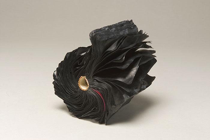 paper-sculptures-book-alchemy-jacqueline-rush-lee-6