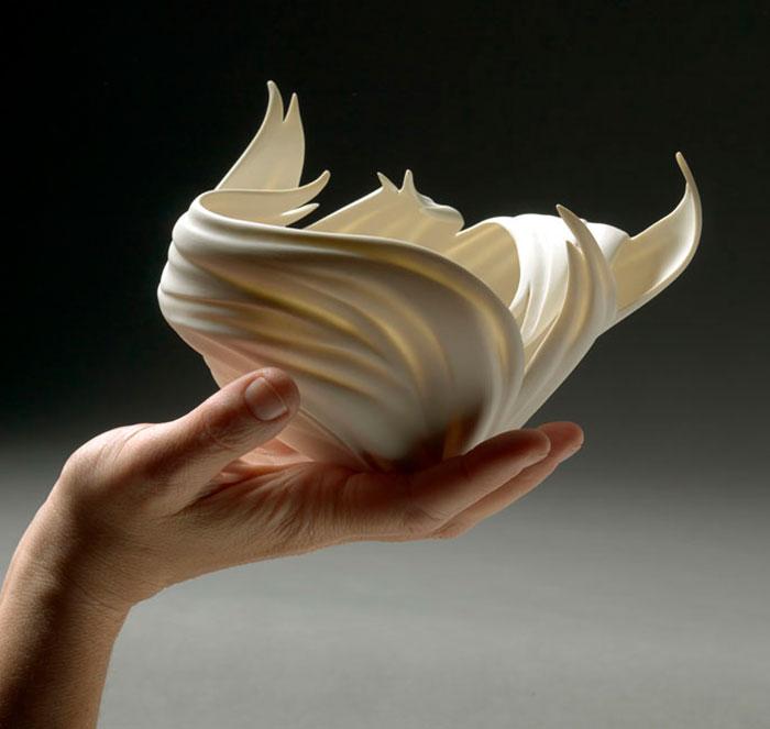 porcelain-gold-leaf-sculpture-vase-jennifer-mccurdy-11