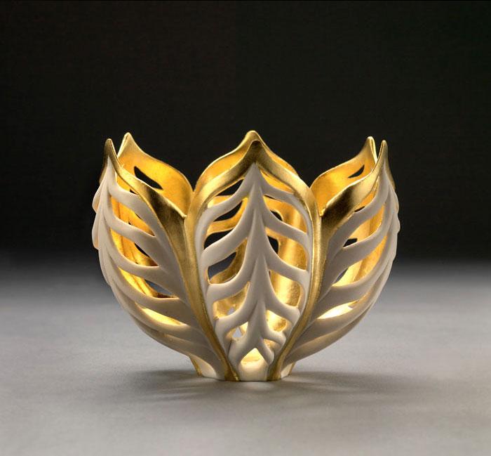 porcelain-gold-leaf-sculpture-vase-jennifer-mccurdy-3