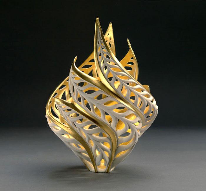 porcelain-gold-leaf-sculpture-vase-jennifer-mccurdy-7