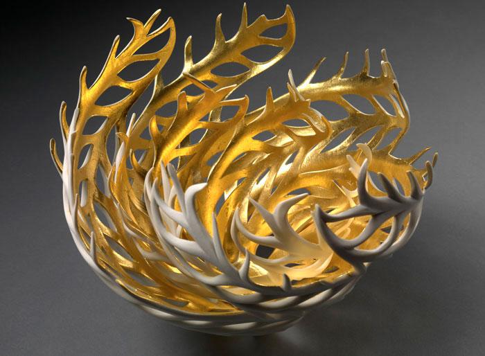 porcelain-gold-leaf-sculpture-vase-jennifer-mccurdy-8