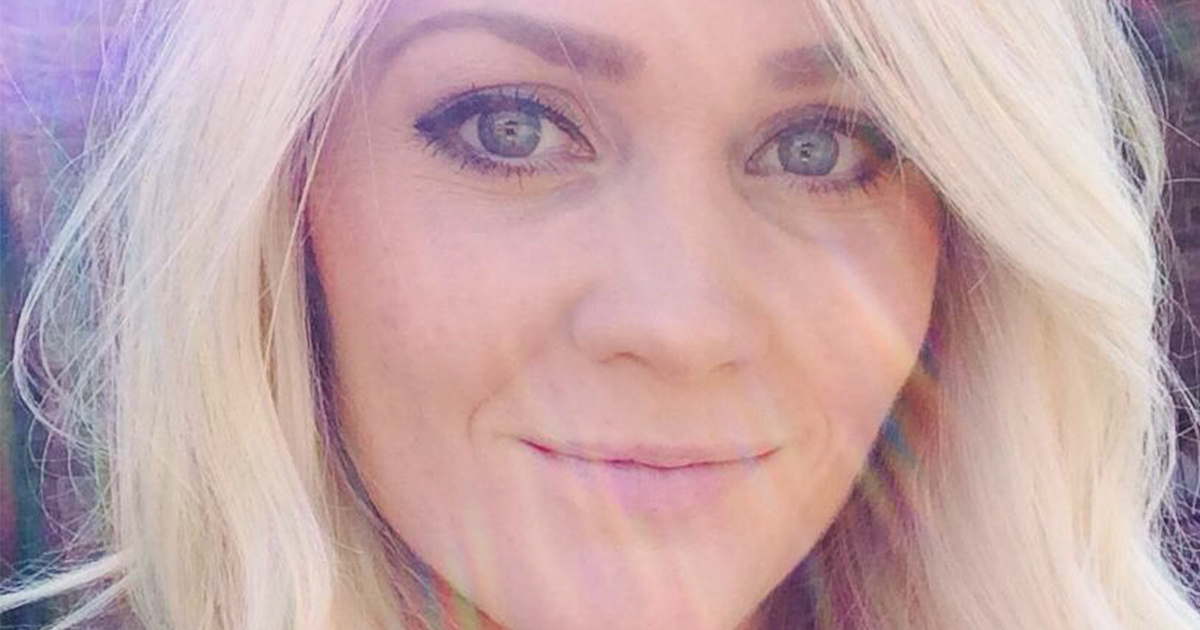 Woman With Skin Cancer Posts Graphic Selfie To Show The Dangers Of Tanning