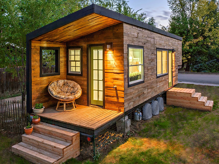 Awesome 20 Tiny Homes That Make The Most Of A Little Space Bored Panda Largest Home Design Picture Inspirations Pitcheantrous