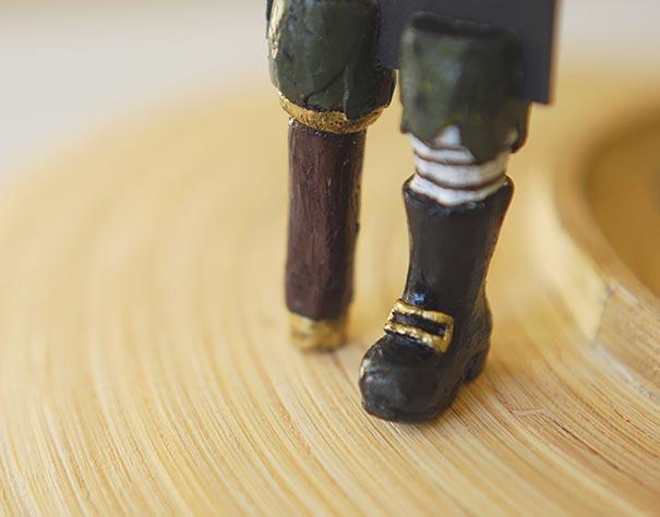 tiny-leg-bookmarks-olena-mysnyk-10