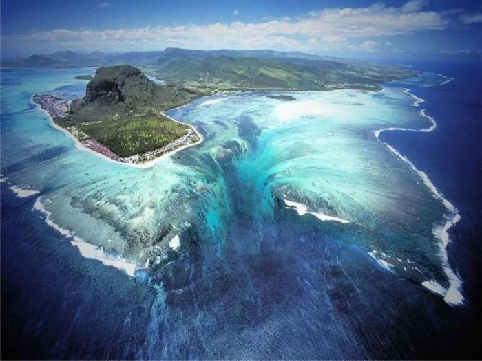 """underwater Waterfall"" Illusion, Mauritius Island."
