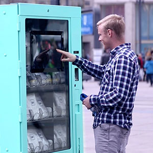 This Vending Machine Sold T-Shirts For Only 2 Euros, But Nobody Wanted To Buy Them