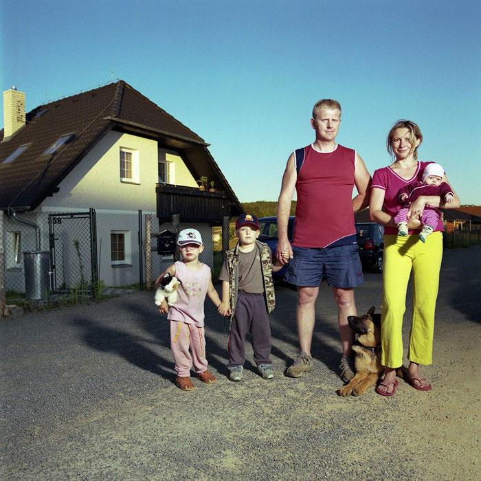 what-if-partners-family-portrait-men-dita-pepe-4