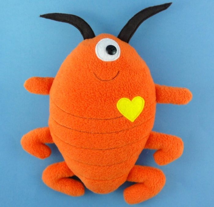 Adorable Pest Plushies To Add To Your Creepy Stuffed Animals Collection