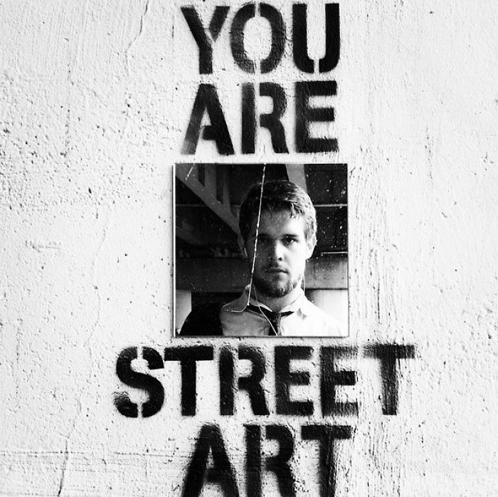 Mirror Graffiti That Reminds People That They Are Street Art
