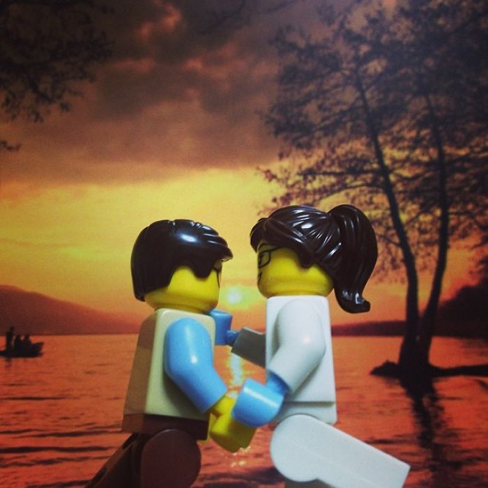 I Photograph Lego Figures In Fun And Romantic Scenes