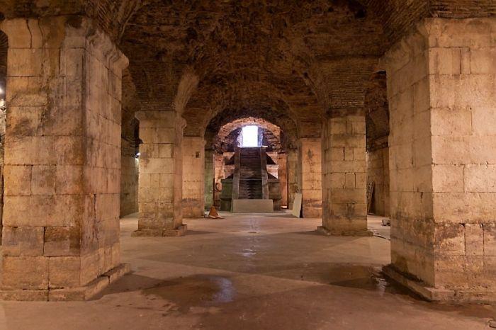 Underground Passageways In Meereen: Basements Of Diocletian's Palace, Split, Croatia