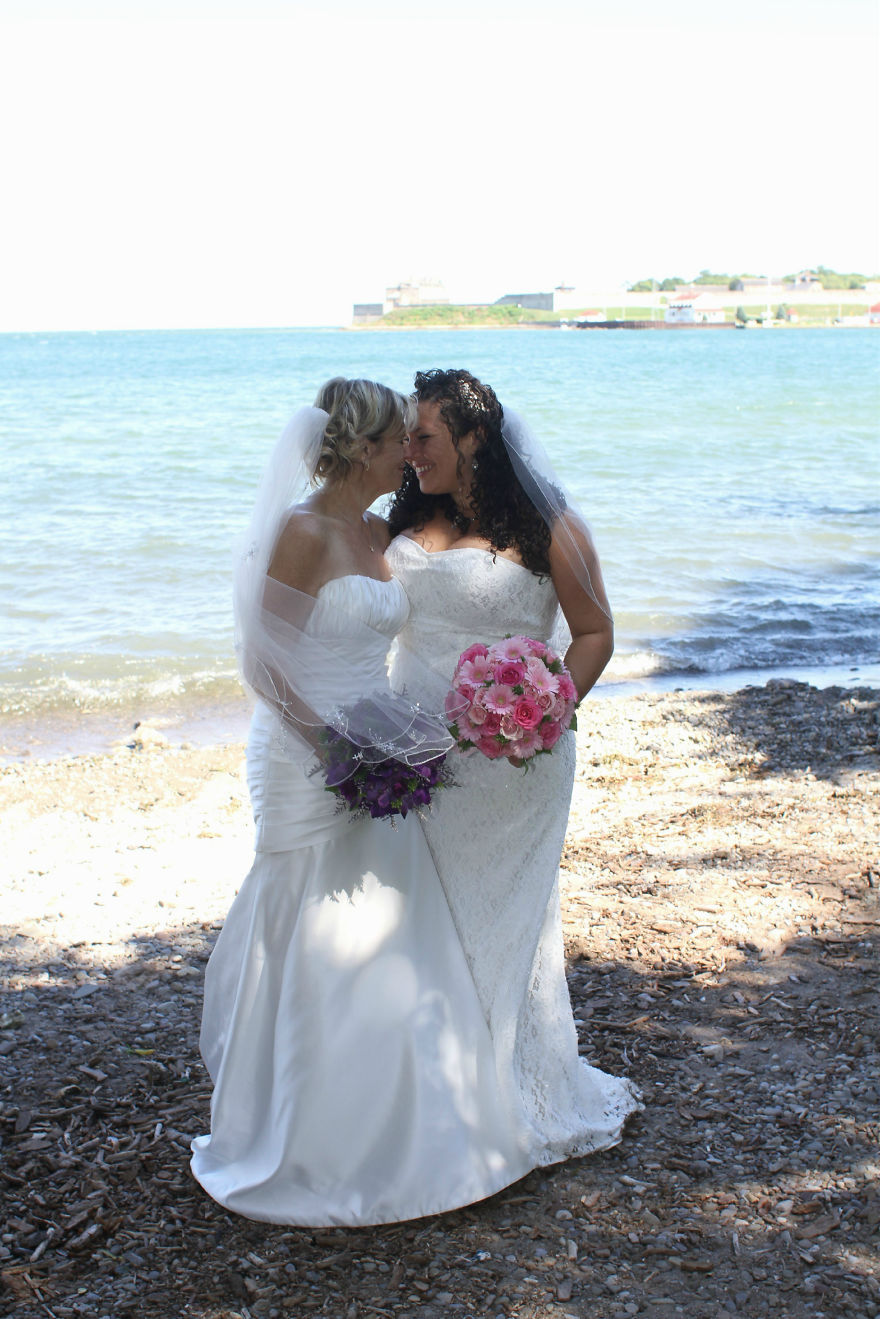 My Beautiful Wife And I On Our Wedding Day - Niagra-on-the-lake, Canada, 2011