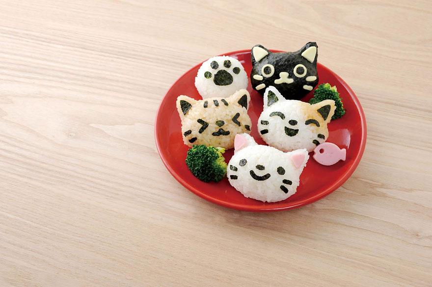 Onigiri-cat-face-omusubi-Nyan-rice-balls-5