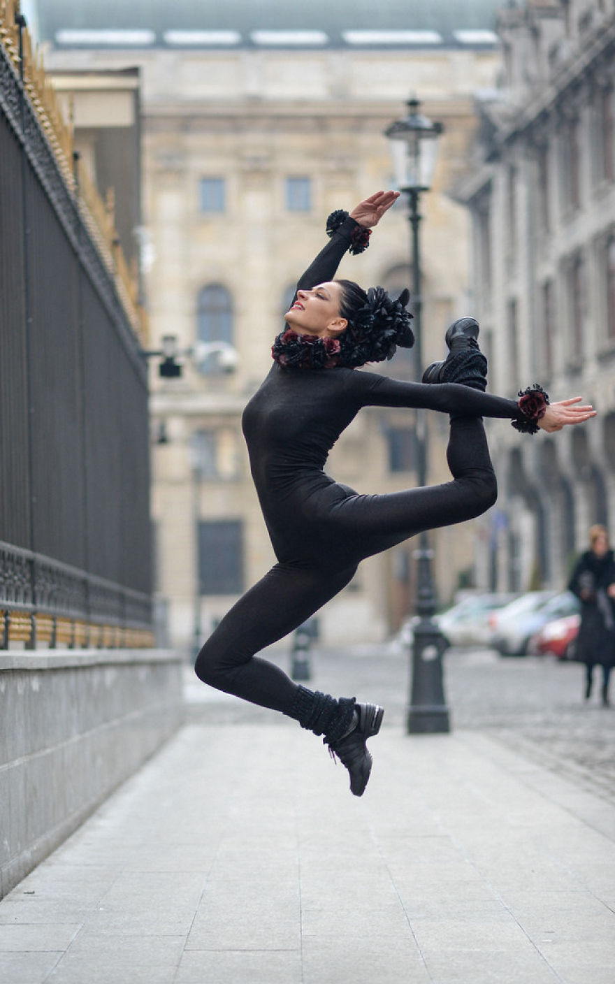Urban Swan: I Photographed A Ballerina In The Streets Of Romania