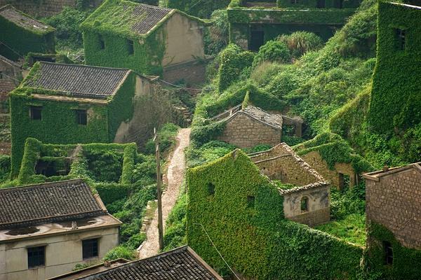 abandoned-village-zhoushan-china-2