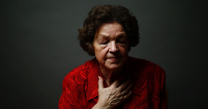 Powerful Portraits Of Auschwitz Survivors Mark 70th Anniversary Of