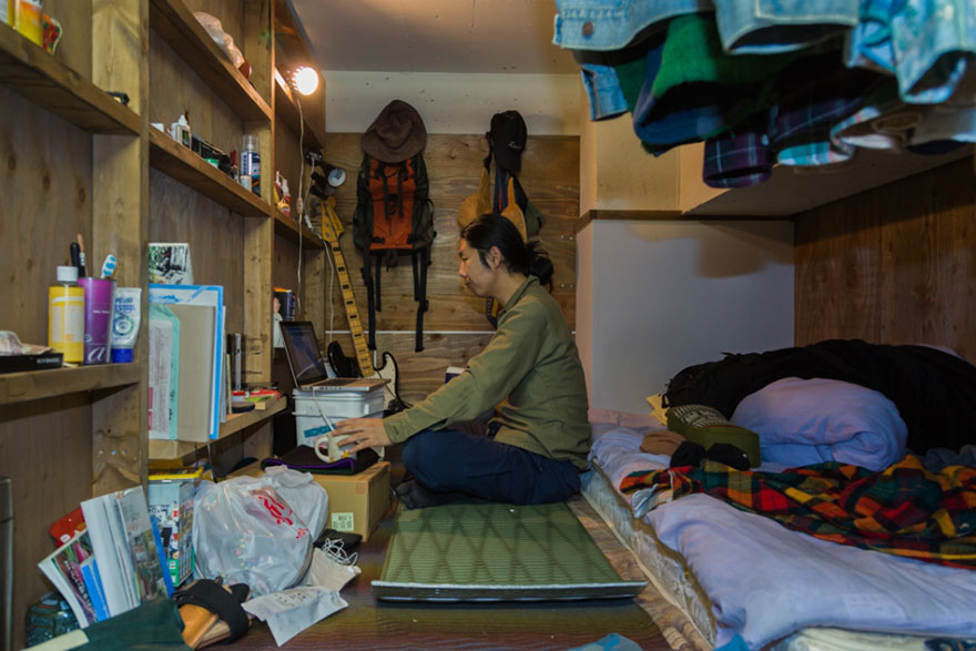 capsule-hotel-home-photography-enclosed-living-small-won-kim-japan-4