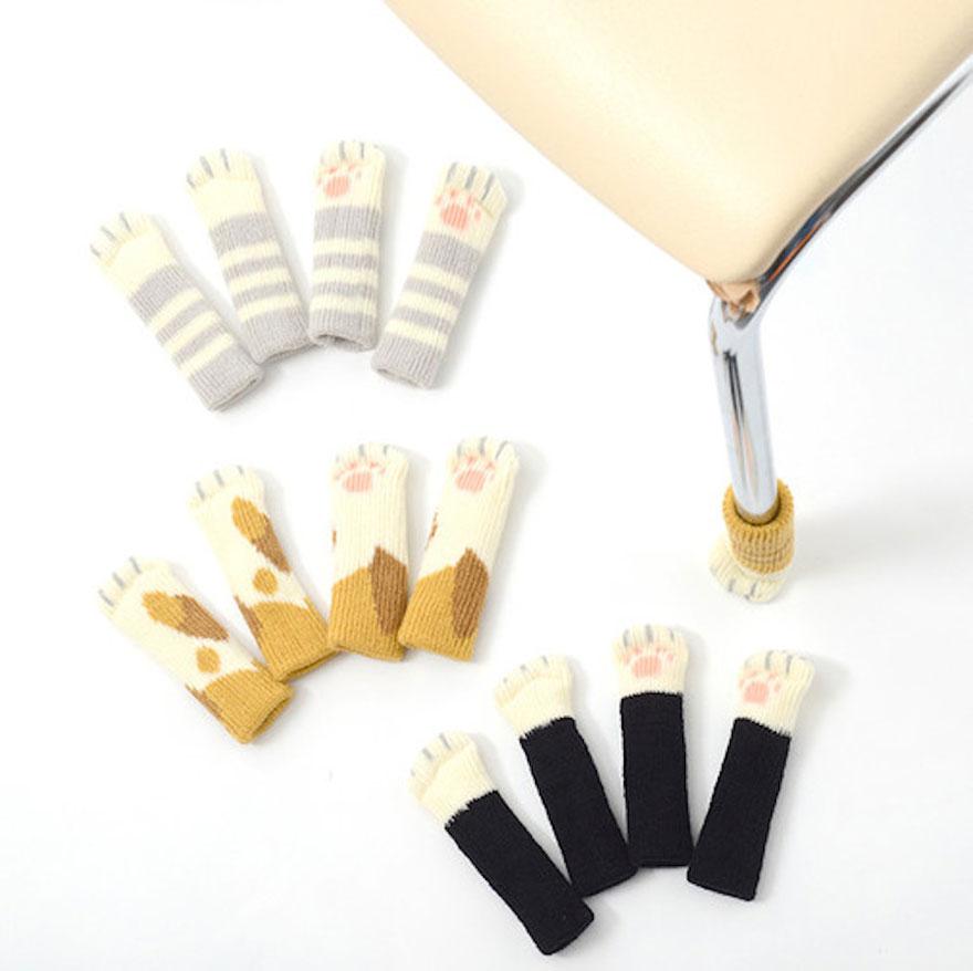 cat-paw-sock-feet-chair-nekoashi-toyo-case-1
