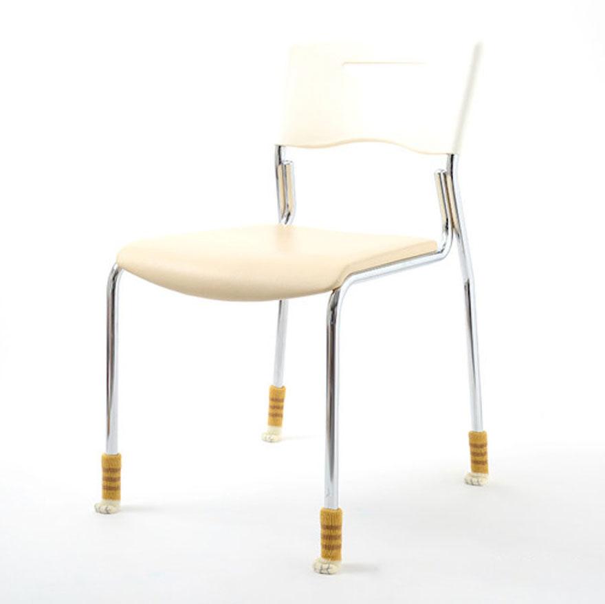cat-paw-sock-feet-chair-nekoashi-toyo-case-9