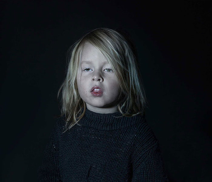 Zombie Kids: I Photographed Children Hypnotized By TV