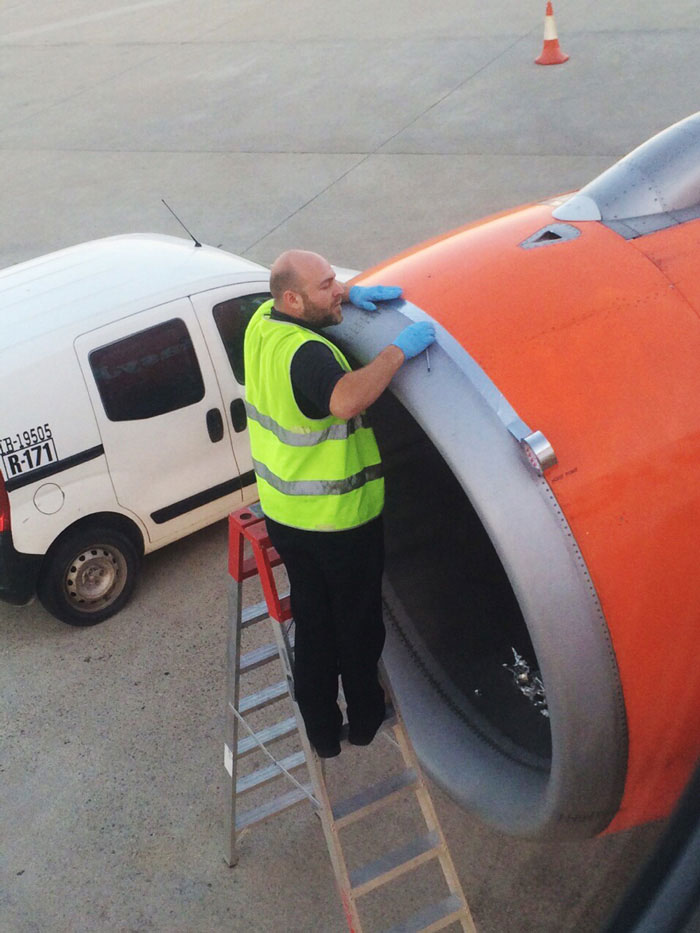 Airplane Passenger Spots Worker Fixing Jet Engine With TAPE Moments Before Take-Off