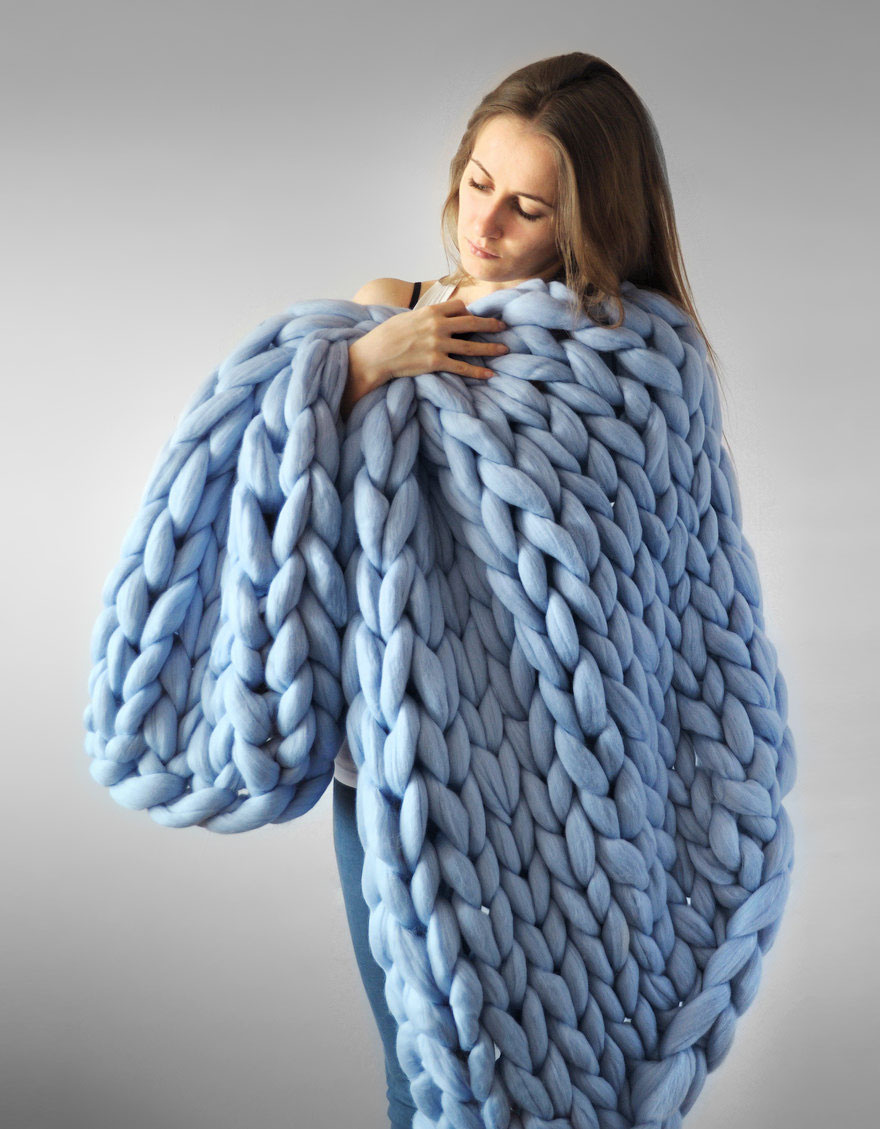 Hand Knitting Yarns : Extremely chunky knits by anna mo look like they re knit