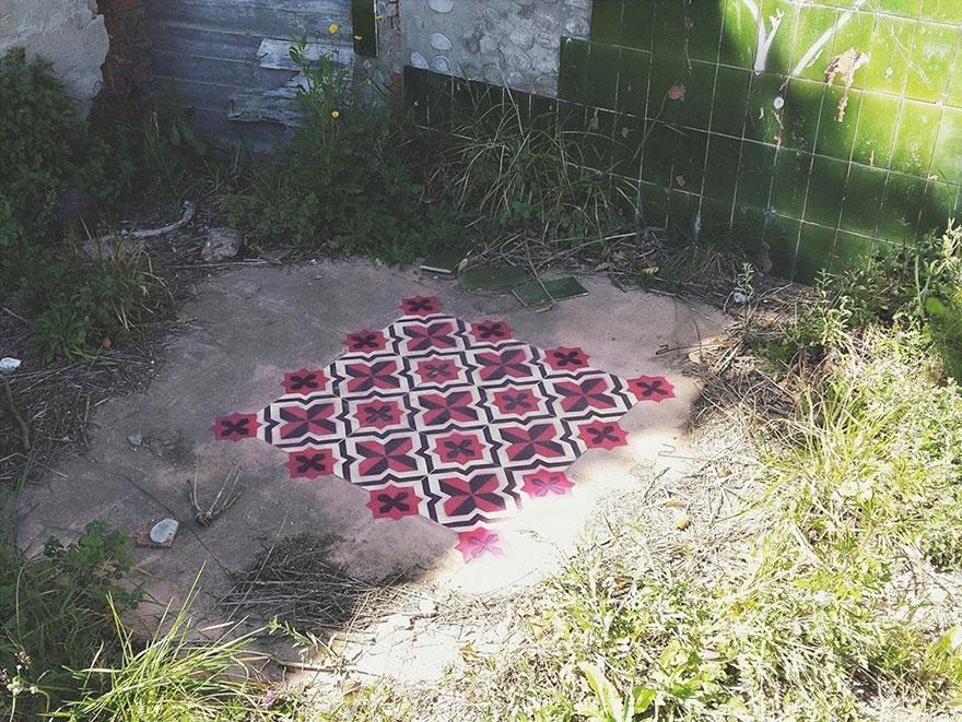 graffiti-spray-paint-tile-pattern-floor-installations-javier-de-riba-9