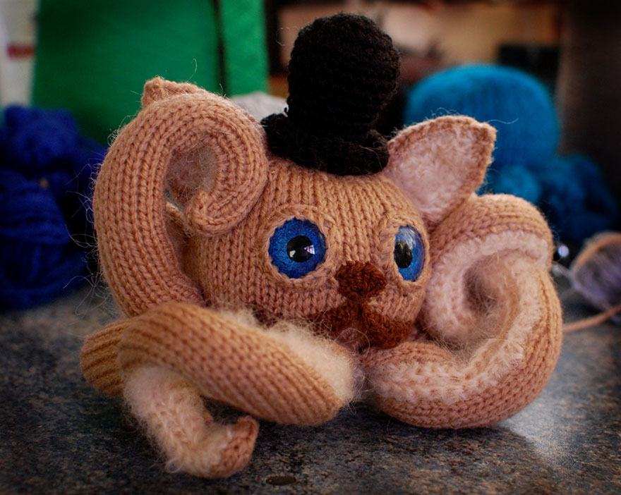 hand-made-knitted-toys-octopus-zane-uzklinge-2