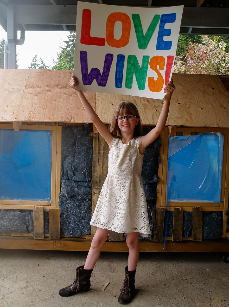 9 Year Old Girl Builds Shelters For The Homeless And Grows