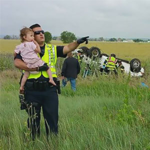 Police Officer Distracts Little Girl After Father Dies In Tragic Car Accident