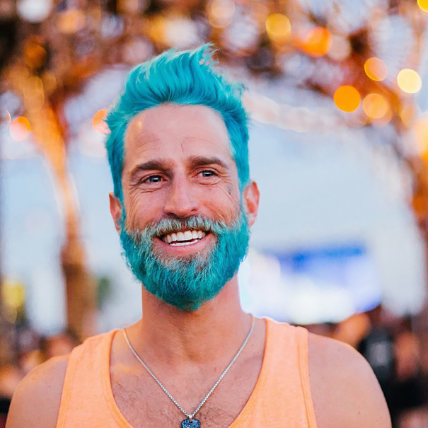Merman Trend: Men Are Dyeing Their Hair With Incredibly Vivid Colors ...