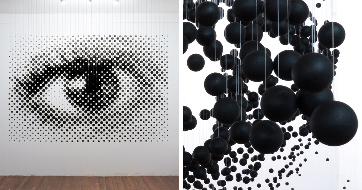 1,252 Floating Balls Form An Eye When Looking From The Right Angle