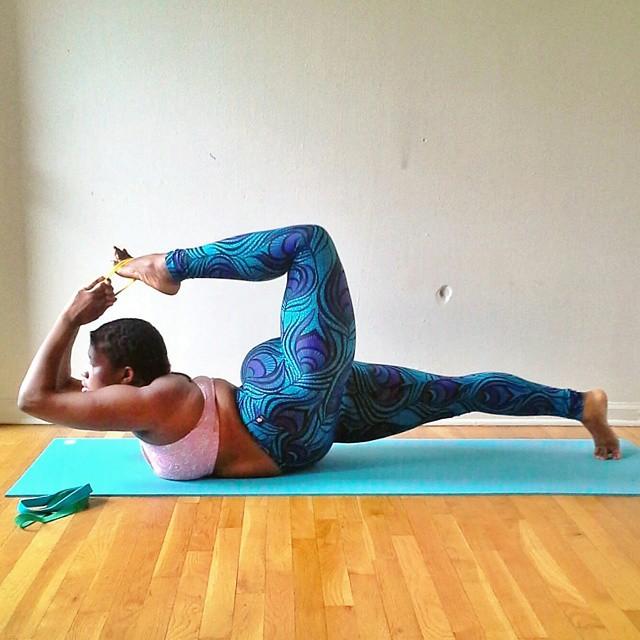 plus-sized-yoga-jessamyn-stanley-3