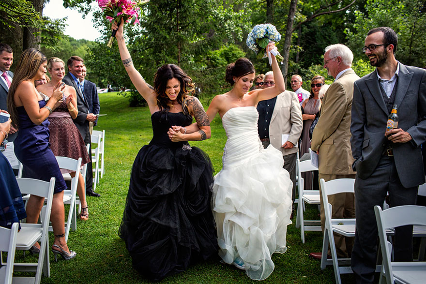 15 beautiful same sex wedding photos show that love knows for Who pays for wedding photographer