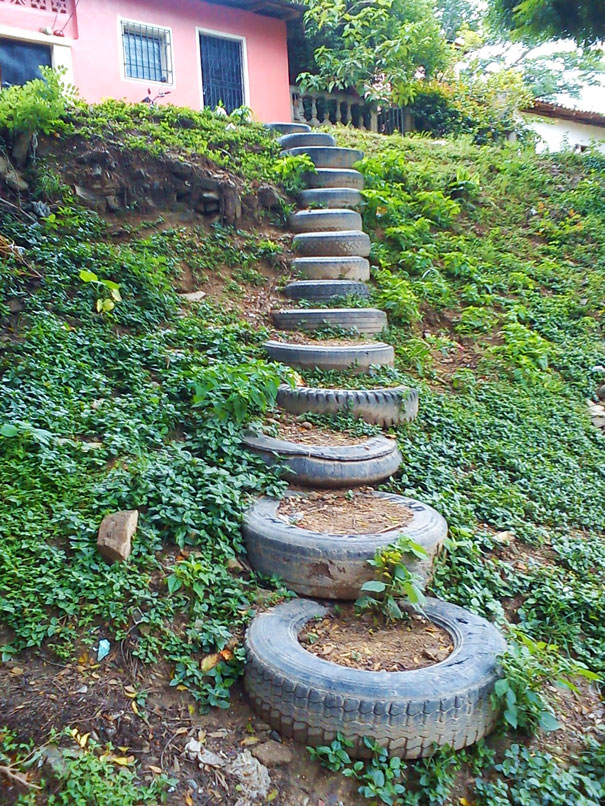 20 brilliant ways to reuse and recycle old tires bored for How to use old tires in a garden