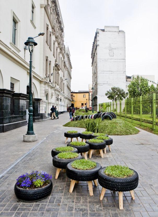 Jardín hecho con neumáticos