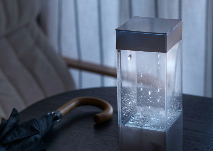 This Box Shows Tomorrow's Weather On Your Table With REAL Rain And Clouds