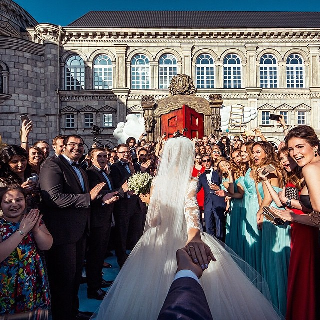 wedding-photos-follow-me-to-couple-murad-osmann-natalia-zakharova-4